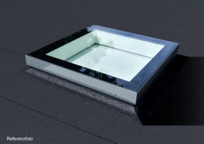 Referenz: quadratisches Design-Oberlicht SkyVision FIXED, montiert auf einem Bitumen-Flachdach